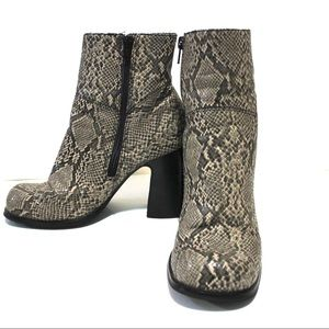 Vintage Shoes - Vintage Square Toe Python Print Chunky Heel Bootie